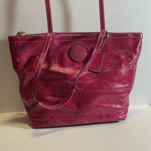 ❤️SALE! Coach Signature Berry Patent Leather Tote